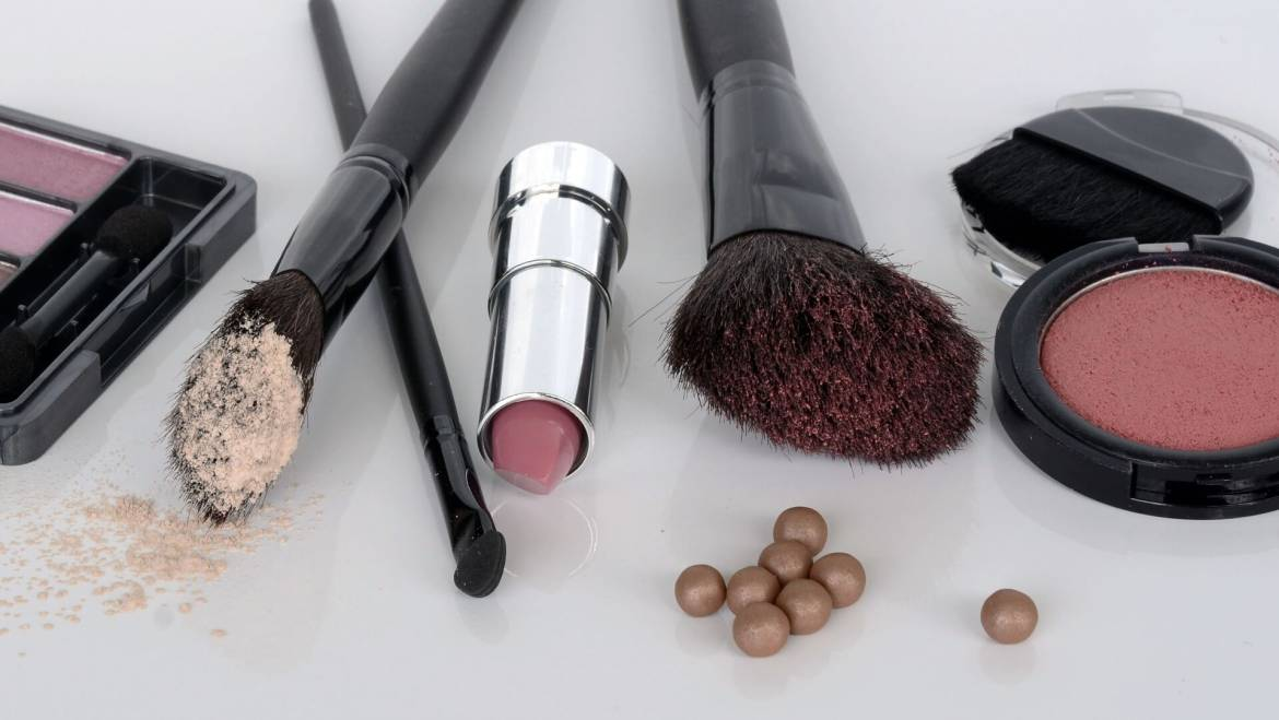 Checking Ingredients in Cosmetics